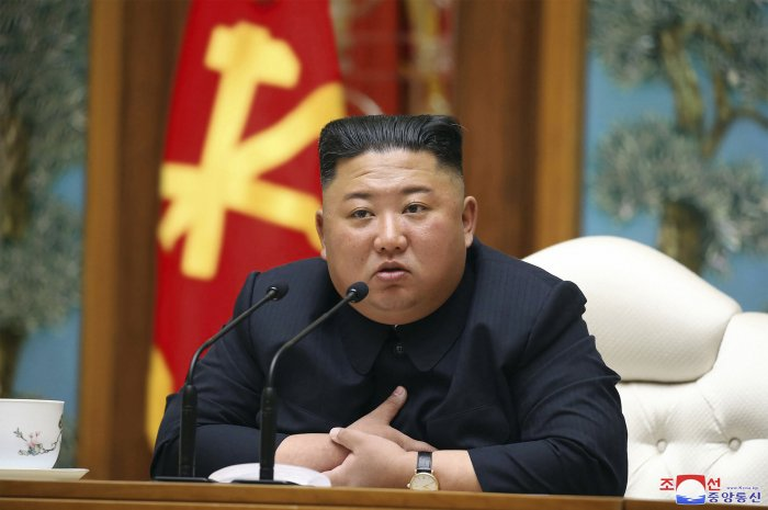 U.S. President Donald Trump said on Monday he has a good idea of how Kim Jong Un is doing and hopes he is fine, but would not elaborate. (Credit: AP Photo)
