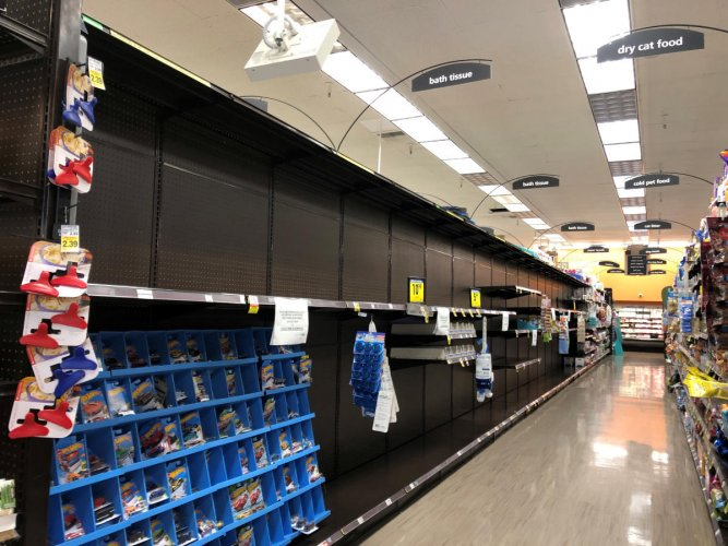 Shelves are left empty at a Kroger-owned Ralphs store after it sold out of toilet paper in Los Angeles, California. (Reuters photo)