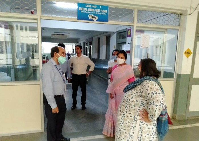 District in-charge secretary Uma Mahadevan inspects isolation ward at R L Jalappa Hospital and Research Centre in Kolar on Tuesday.
