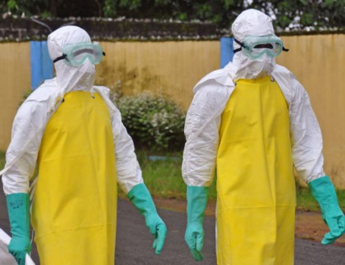 Ebola patients flee attack on Liberia isolation clinic