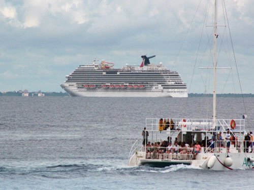 Mexico bars cruise ship from docking fearing Ebola risk