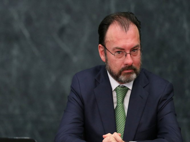 Mexico foreign minister: paying for border wall not negotiable