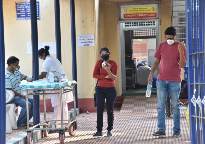 Citizens undergoing tests at the Rajiv Gandhi Institute of Chest Diseases on Wednesday. DH Photo/Janardhan B K