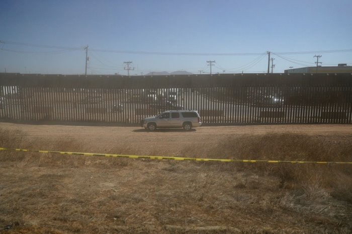 Government vehicle sits along a section of the the U.S.-Mexico Border. (Reuters Photo)