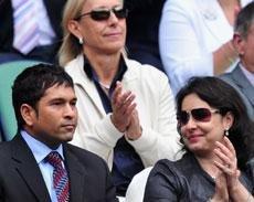 Federer knows a lot about cricket: Tendulkar