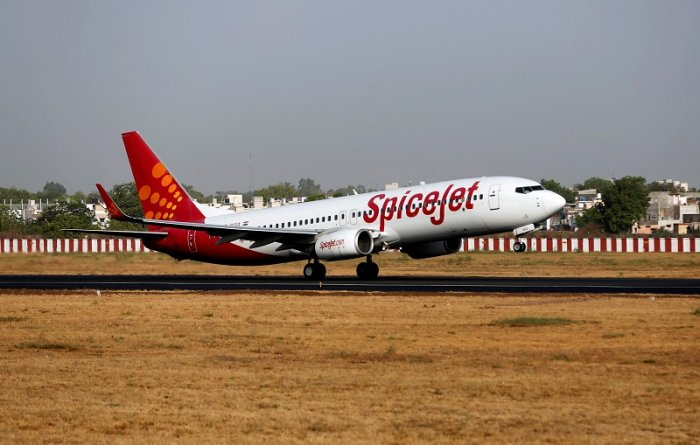 A SpiceJet passenger Boeing 737-800 aircraft takes off from Sardar Vallabhbhai Patel international airport in Ahmedabad. (Reuters Photo)