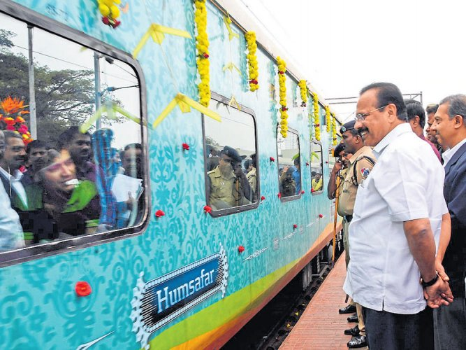 Centre may chip in with 80% of funds for suburban rail