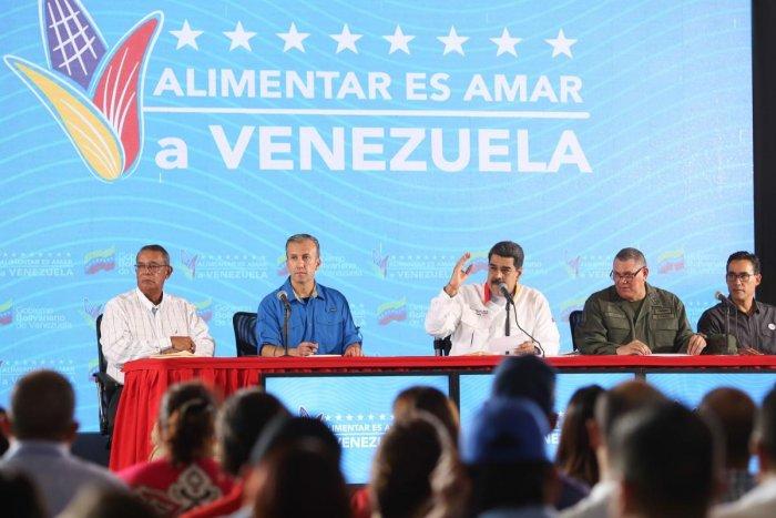 Venezuela's President Nicolas Maduro (C) speaking during a television programme in La Guaira, Venezuela. (Photo by AFP)