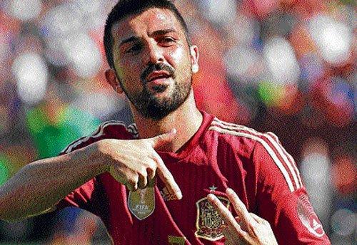 Villa strikes propel Spain; Honduras hold England