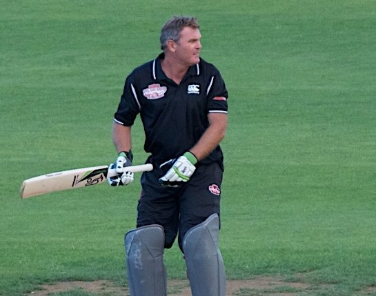Crowe done with cricket