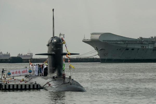 'INS Khanderi', the second submarine of Project 75 (Yard 11876), is seen during its commissioning ceremony into the Indian Navy at Mumbai naval base on September 28, 2019. (AFP photo)