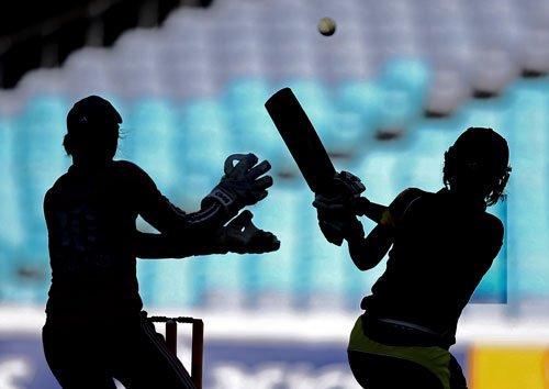 Vyshak, Ashish fashion Vijaya Cricket Club's facile victory