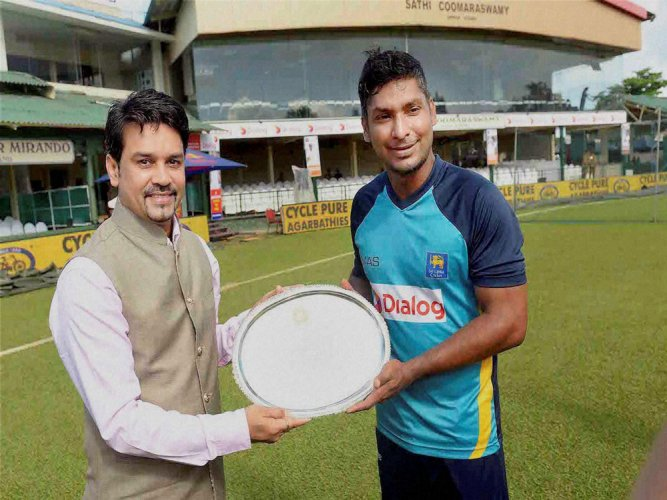 Cricket fraternity wishes Sanga a happy retirement