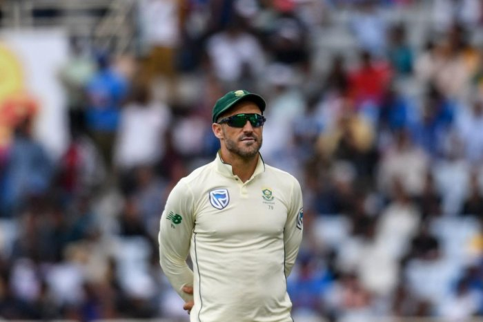 Du Plessis believes getting rid of the toss in Test cricket would help teams compete better when they travel away from home. (Photo/AFP)