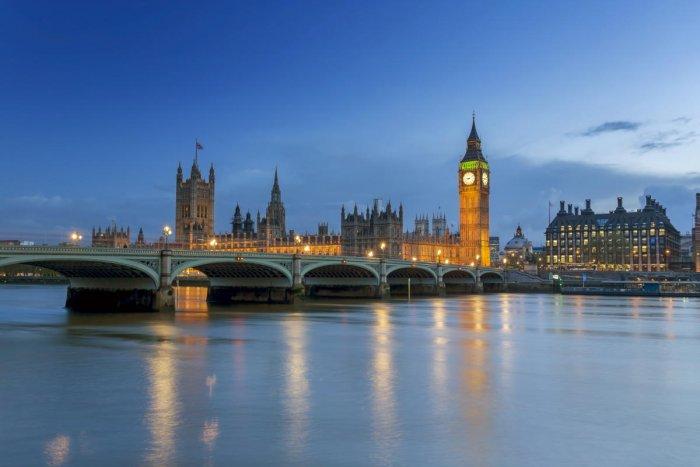 London city tours are popular among cricket buffs.