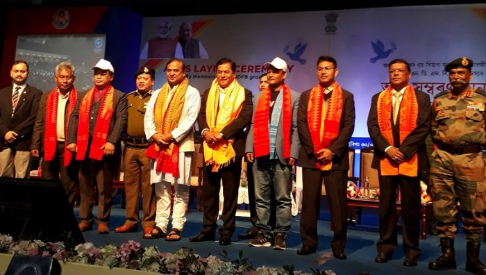 Leaders of four NDFB factions with Assam Chief Minister Sarbananda Sonowal in Guwahati on Thursday, after laying down their weapons. (DH photo)