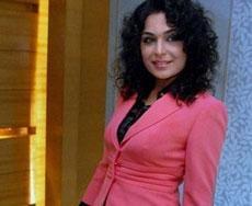 'Veena Malik denigrating Pakistani women'