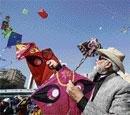 Narendra Modi does some kite flying