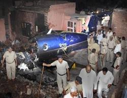 10 killed as air ambulance crashes near Delhi