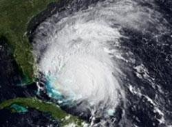 Obama warns of 'historic' USstorm