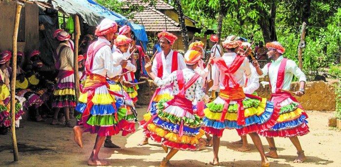 The dancers perform in the Kundapura-Brahmavar-Udupi-Mutlupady-Hiriadka regions of Udupi district. Photos by Shashikanth Shetty