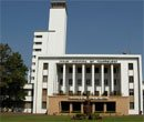 IIT faculties attack Kharagpur Director for backing govt move