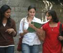 Engg colleges fleece students for placements