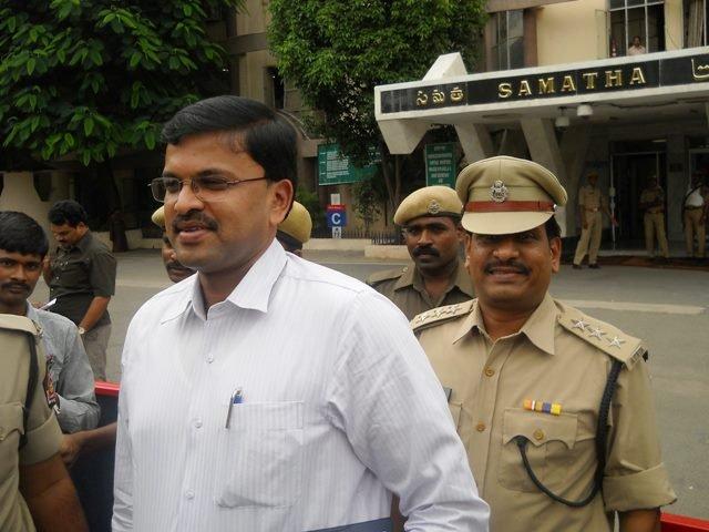 CBI JD Lakshmi Narayana returns to Maha cadre