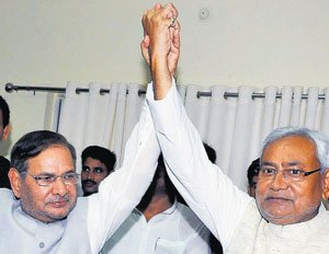 Nitish snaps ties with BJP