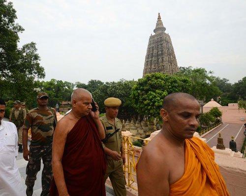 Nine blasts in Bodh Gaya, 2 injured
