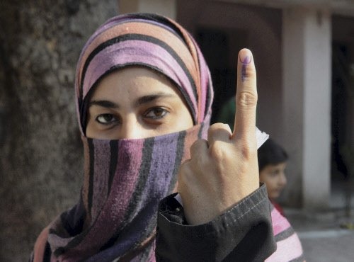 MP votes for nine Lok Sabha seats in first phase