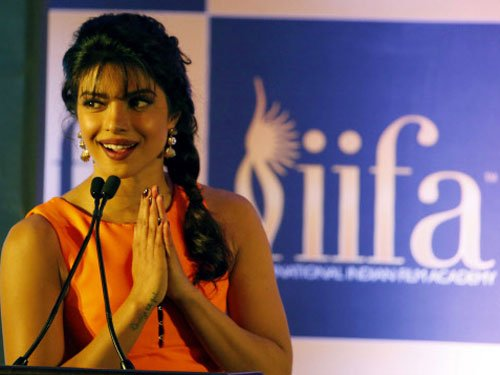 Vidya Balan replaced by Priyanka Chopra at IIFA awards
