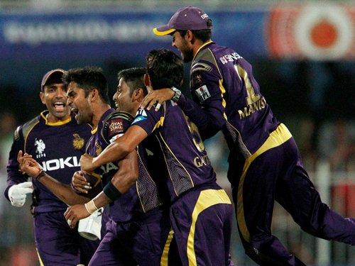 Akram sees KKR in final four in IPL-7