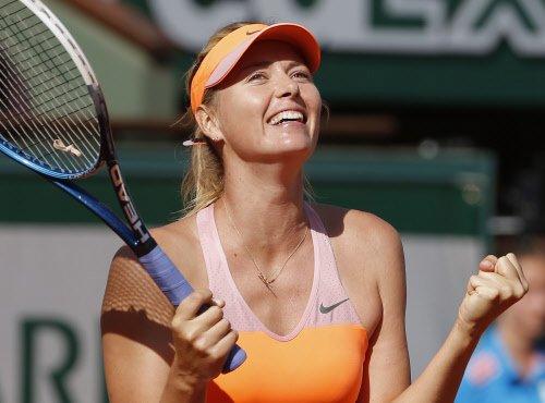 Sharapova struggles into summit clash
