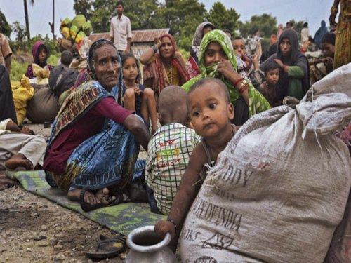 Bihar shifts 75,000 after flood threat