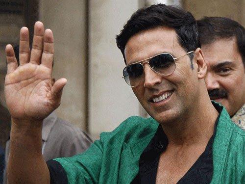 Love to play villainous role more often: Akshay Kumar