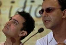 'Viewers can download '3 Idiots' legally'