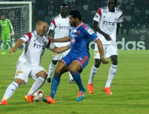 NorthEast United hold FC Goa 1-1