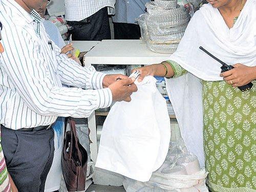 Palike pins hopes on plastic ban