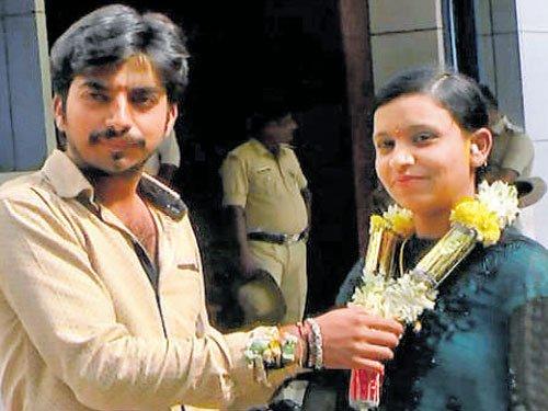 Muslim girl marries Hindu man in Hassan