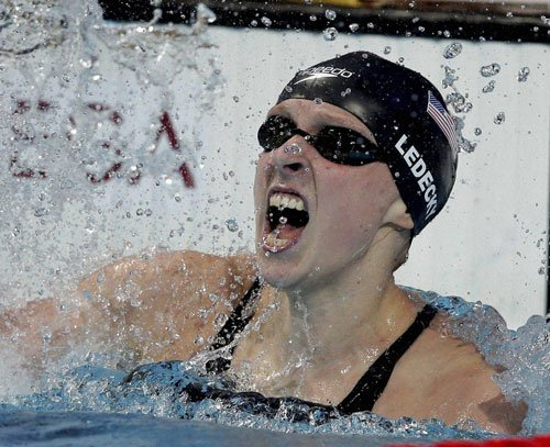 Stage set for super Ledecky to rise high