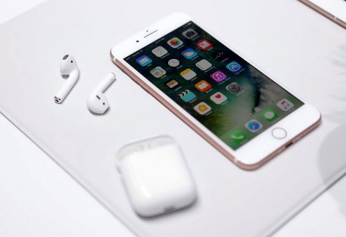 'iPhone ranked as India's most reputed mobile phone brand'