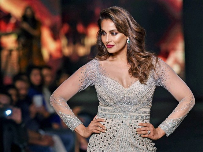 UK organisers slam Bipasha for being unprofessional, she denies