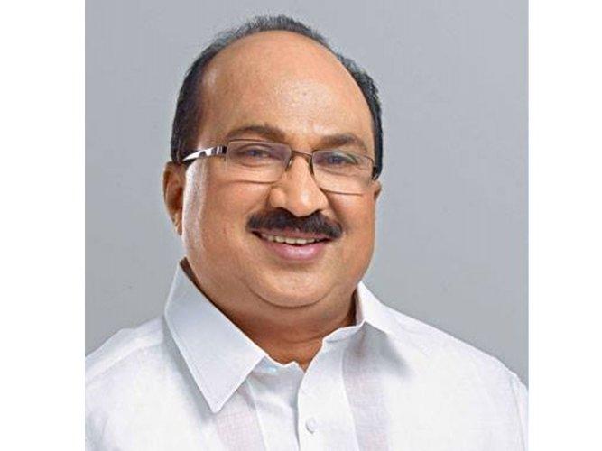 K V Thomas may replace Digvijaya as Congress state in-charge