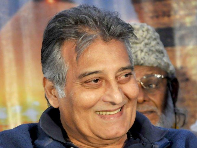 Vinod Khanna: A stylish man who challenged the biggest | Deccan Herald