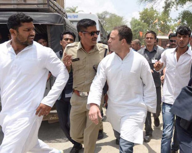 Rahul detained in MP amid high drama, lashes out at Modi