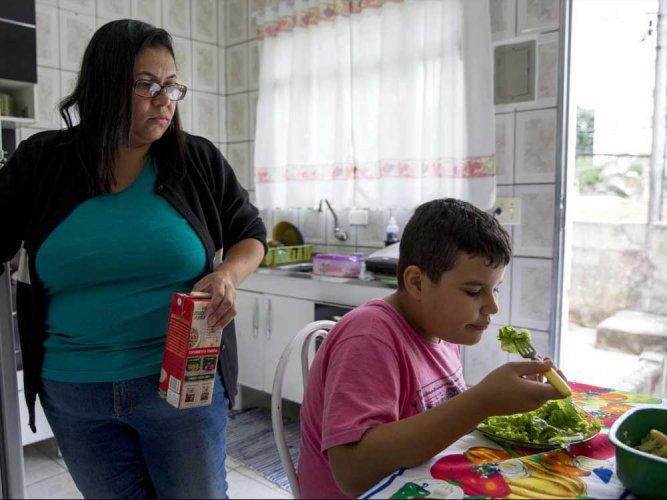 Child obesity grows tenfold since 1975: study