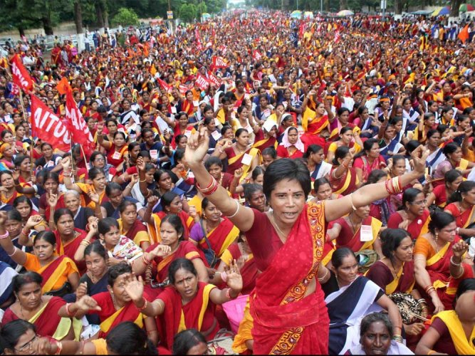 Anganwadi, ASHA workerscall off protest