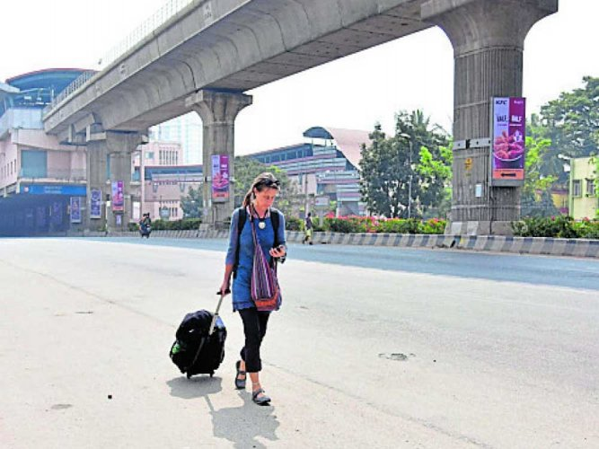Quiet day in city as buses stay off roads for bandh