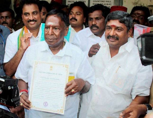 Centre 'adopting step motherly approach' in granting funds: Pondy CM